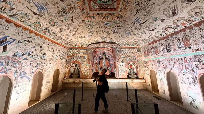 シルクロードの文化財が一堂に 故宮敦煌特別展、北京で開幕
