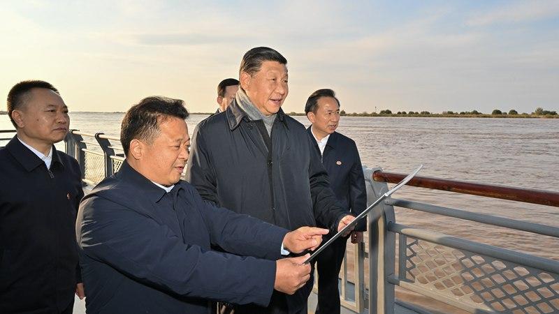 習近平氏、山東省東営市で黄河河口を視察